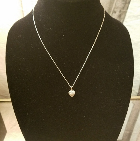 Jewelry - 🎁🎁❤925 Sterling Silver chair with heart pendant